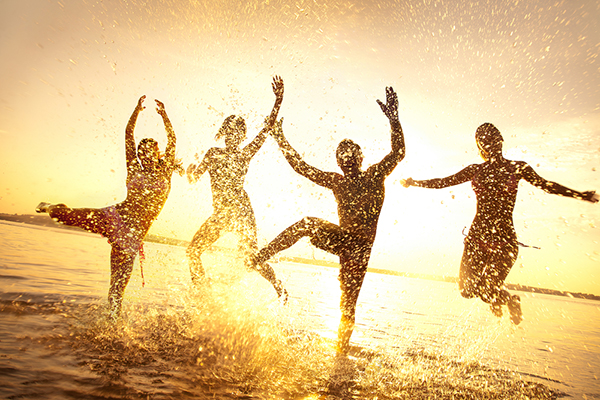 Emotional appeals are a helpful strategy for improving PPC campaigns. People happily playing in water